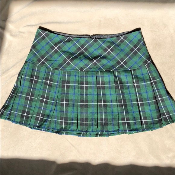 314f99d2df953 Hot Topic Dresses   Skirts - Gently Loved Hot Topic Pleated School Girl  Skirt